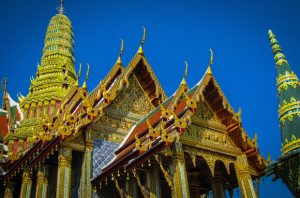 Alt tag not provided for image https://www.airfarewatchdog.com/blog/wp-content/uploads/sites/26/2015/11/bkkgoldtemple-1-300x198.jpg