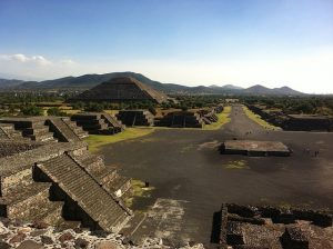 Alt tag not provided for image https://www.airfarewatchdog.com/blog/wp-content/uploads/sites/26/2018/01/teotihuacan-1340799_640-300x224.jpg