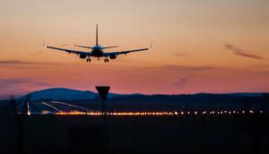 737 landing at sunset generic WN airplane