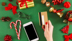 travel-rewards-credit-cards-for-holiday-shopping