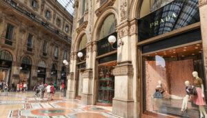 prada-store-milan-mall