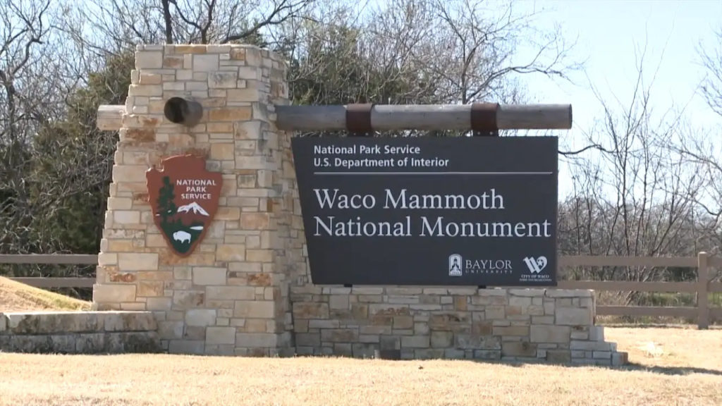 Entrance sign for Waco Mammoth National Monument