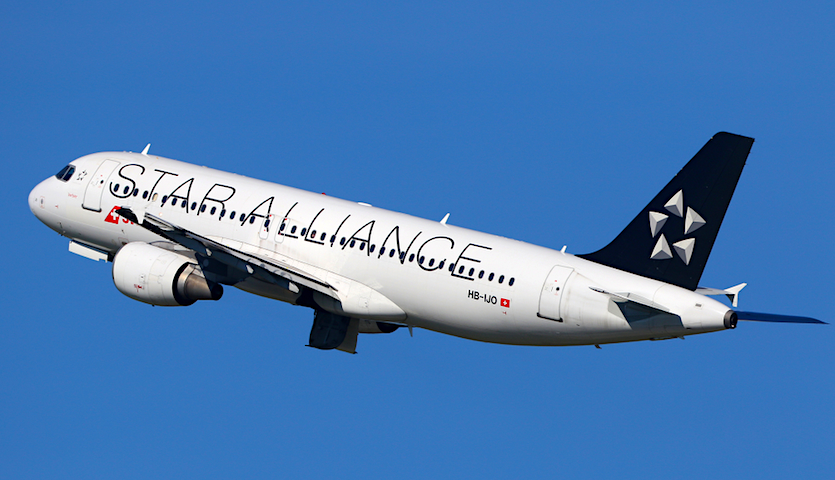 StarAlliance airplane in flight with logo