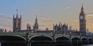 Alt tag not provided for image https://blog.airfarewatchdog.com/uploads/sites/26/2018/12/London-Parliament-550x275-300x150.jpg