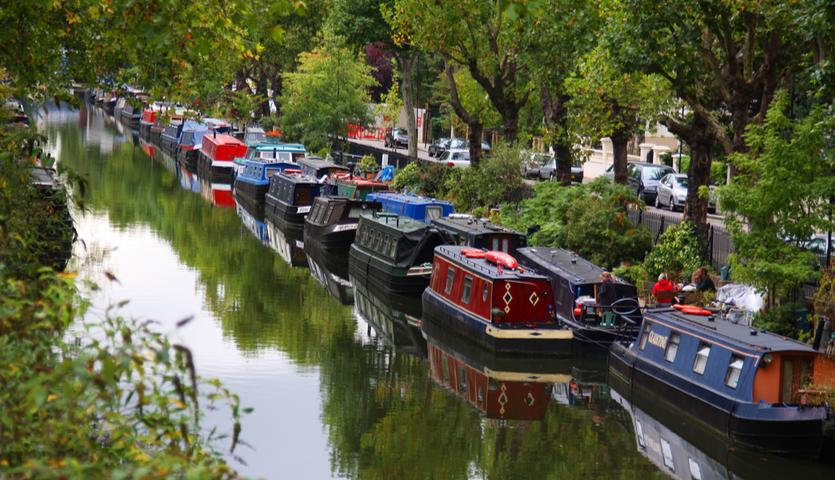 houseboats on Regents Canal in London