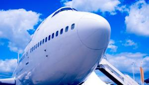 747 jumbo jet generic airplane