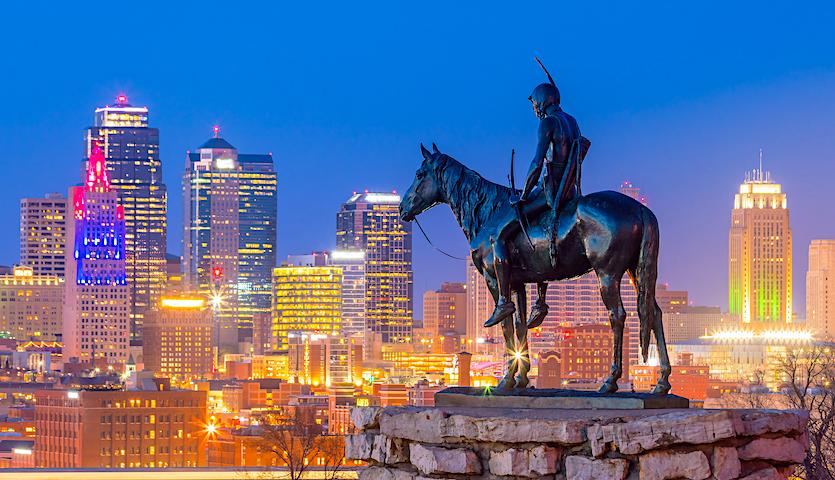 Scout statue in Kansas City Missouri